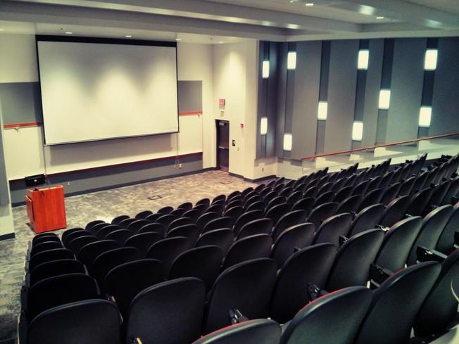 Desktop weinstock lecture hall 1200x900