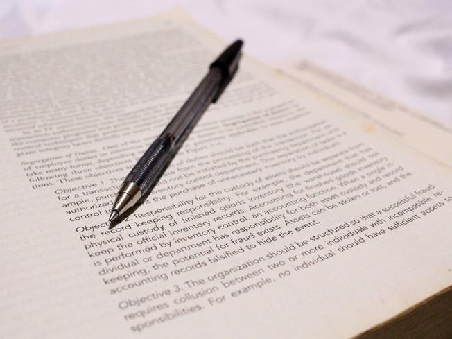 Narrative Essay Topics For High School Students Desktop Write A Good Economics Essay Step  English Essay Writing Help also Compare And Contrast Essay Examples For High School Geniusu High School Essays Samples