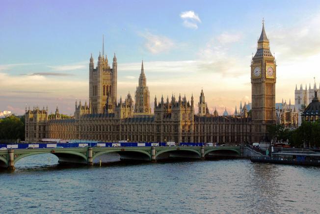 Desktop london town