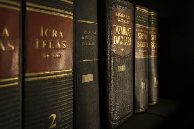 Desktop desktop bookcase books bookshelf 159832