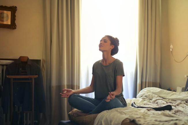 Desktop woman meditating in bedroom 3772612