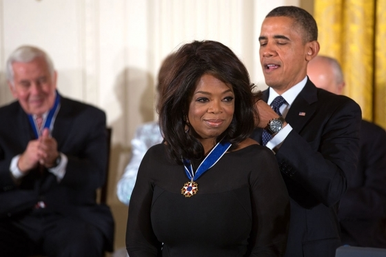 Desktop oprah winfrey receives 2013 presidential medal of freedom