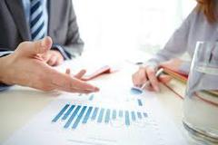 Table financial planners image 5